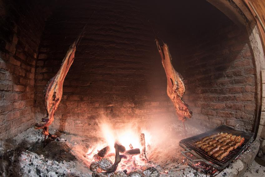 asado a la estaca, Brasas y Sabores catering parrilla argentina a domicilio
